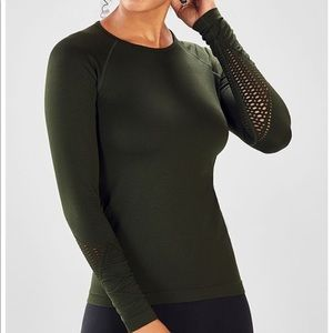 Fabletics Dylana Green Long Sleeve Top Small NWT